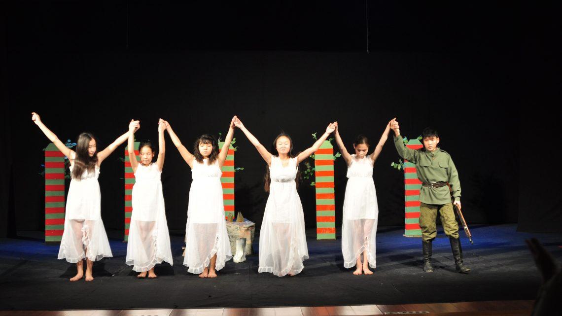 Два театральных коллектива подтвердили звания на фестивале «Шёлковая кисточка» («Торко Чачак»)